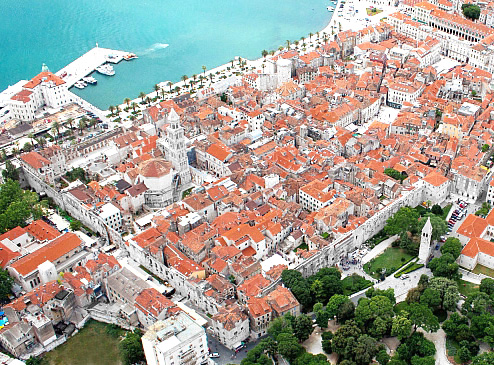 Diocletian's_Palace_from_the_air